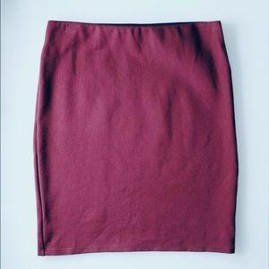 NWOT LOFT Burgundy Stretch Pull On Skirt - Small